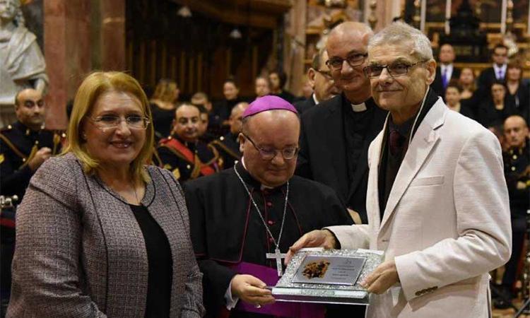 Dar Il-Kaptan Awarded Premju Dun Mikiel Azzopardi