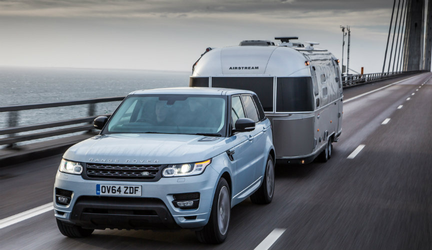 Tow caravan with Hybrid